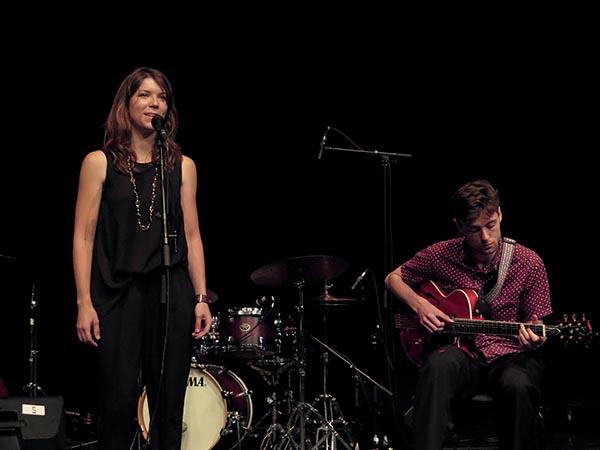 IMG G16_2016-06-28 A 045 Vera, Eva en Jazz Sessions-600px